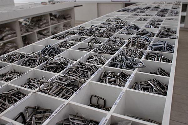 Fábrica de mosquetão de metal